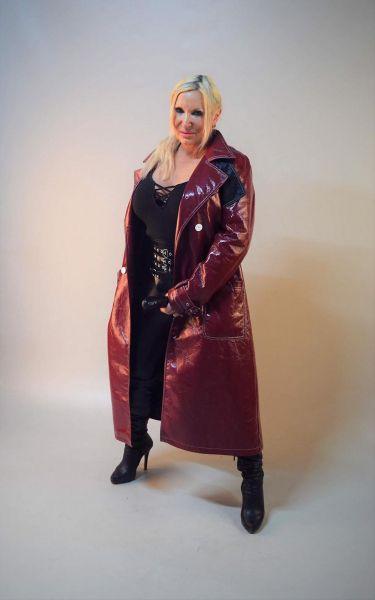 Lady Tora Scatqueen aus NRW